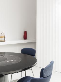 KIN chair + Roundel