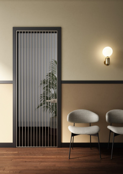 ALBED_BATTCC_STP45_RITRAIT-8B_product_door_black_jambs_champagne_profile_fume_glass